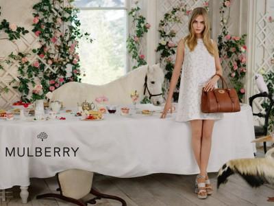 Cara-Delevingne-egerie-pour-Mulberry_exact780x585_l